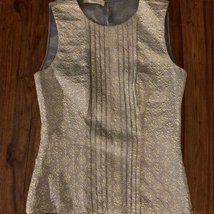 Prada sleeveless blouse 72% silk. Size 40